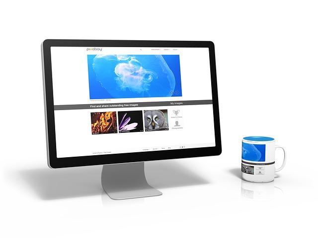 pixabay na monitoru